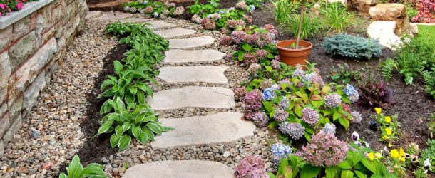 These Are the Most Popular Pavement Materials for Gardens