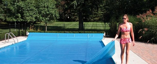 Keeping Your Pool Warm and the Heating Bills Low